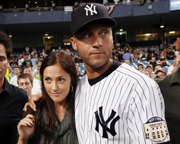 Minka Kelly with Derek Jeter