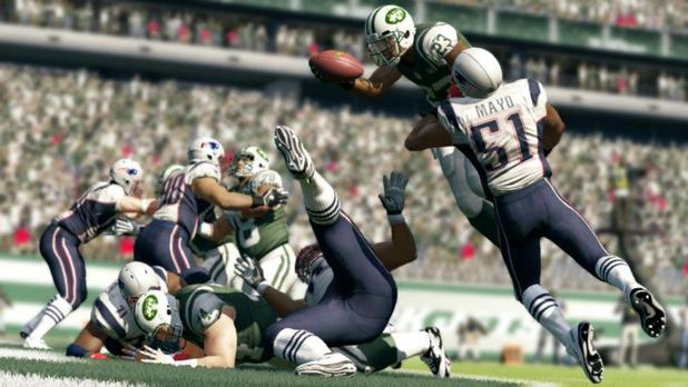MADDEN NFL 13 Image