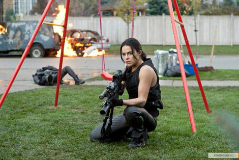 resident evil retribution michelle rodriguez