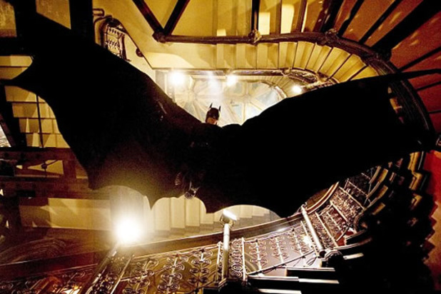 The Dark Knight Rises (2012) Screenshot - batman flying
