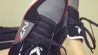 Mass Effect 3 Screenshot - mass effect n7 shoes