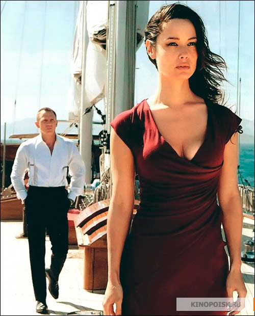 james bond skyfall girl - photo #16