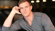 alan ritchson gloss catching fire