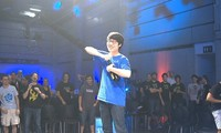 Article_list_dreamhack_valencia_12_-_taeja_champagne