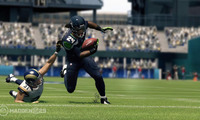 Article_list_madden_25_marshawn_lynch_breaking_a_tackle