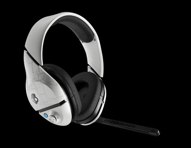 Skullcandy Plyr1 wireless gaming headset white