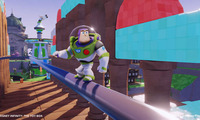 Article_list_disney_infinity_the_toy_box_buzz_sliding_on_rail