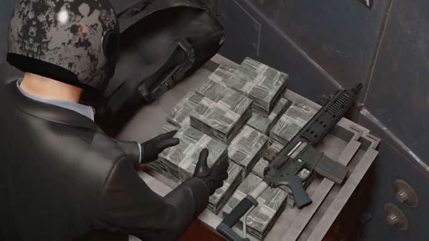 Grand Theft Auto V Screenshot - Stealing money