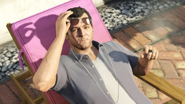 Grand Theft Auto V Screenshot - Michael relaxing