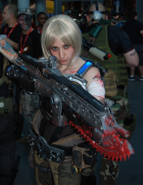 Gears of War girl