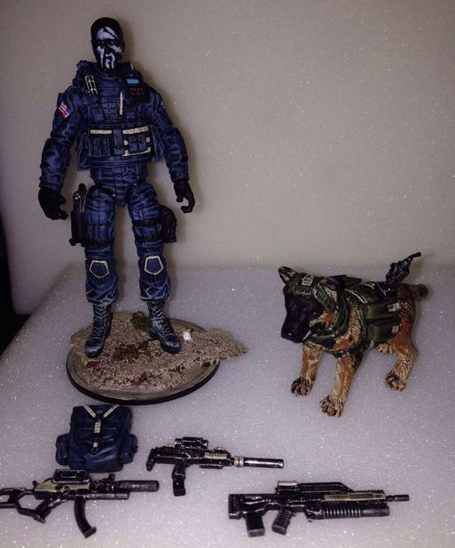 Call of Duty: Ghosts Screenshot - Riley dog figure