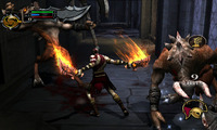 Article_list_news-godofwar-doublepack-vita