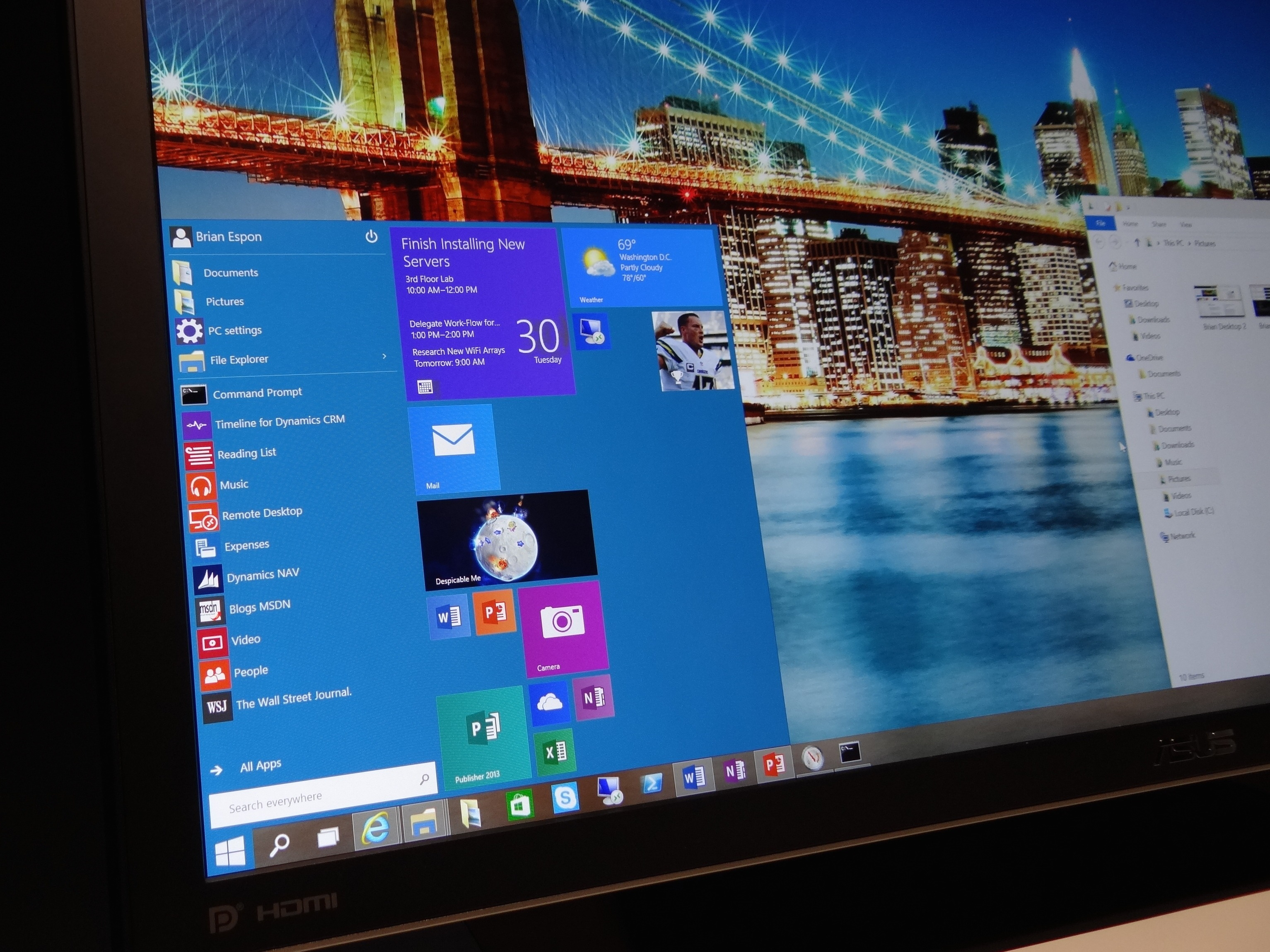Microsoft offering free upgrades to windows 10 from for Microsoft windows 1