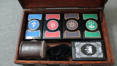 I'm officially jealous of whomever this Ultimate Gwent Set belongs to