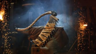 Bloodborne's deadly Saw Cleaver brought to life