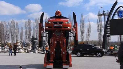 ICYMI: This real-life Transformer BMW is awesome