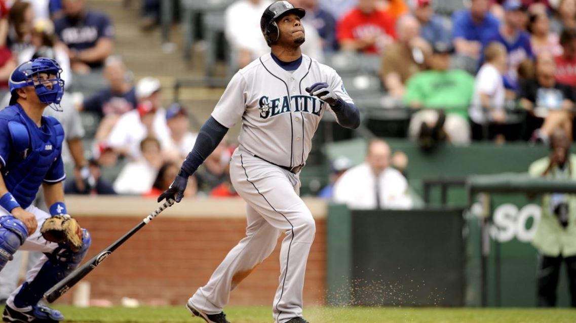 MLB The Show 17 reveals Ken Griffey Jr. as its cover athlete