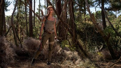 Here's your first look at Alicia Vikander in the Tomb Raider movie
