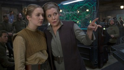 "Leia will be like a ""surrogate"" mother to Poe in Star Wars: The Last Jedi"