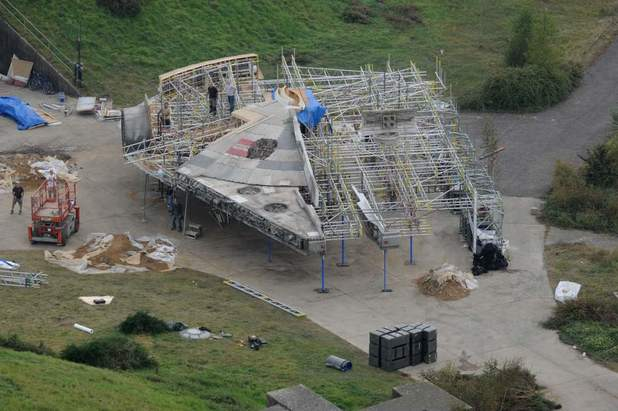 Star Wars: Han Solo Movie Will Feature A Brand New Millennium Falcon