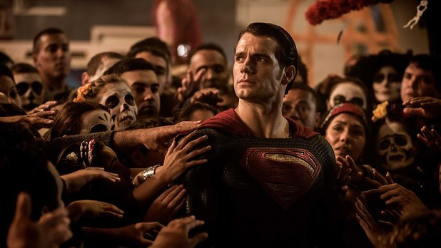 """Henry Cavill says Zack Snyder's vision """"hasn't worked"""""""